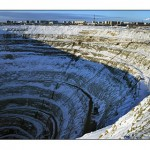 World's Biggest Diamond Mine Figure-2