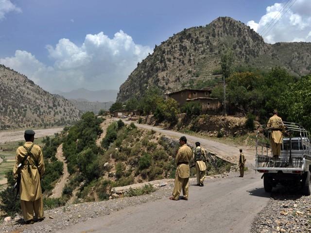 pak-soldiers-in-kurram