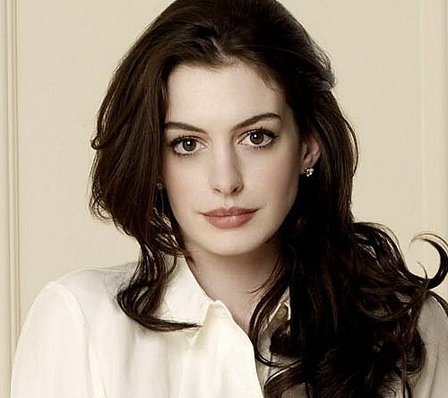 Ann-Hathaway-new-wallpapers
