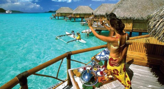 Bora Bora lagoon most romantic honeymoon place