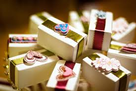 best sites to send gift to pakistan 2012