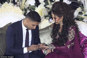 faryal makhdoom amir khan latest engagement pictuers