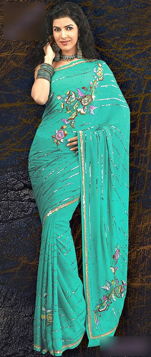 Saree-with-beautiful-Blouse