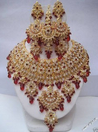 latest-bridal-jewelry-gold-sets