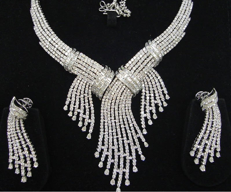 world-most-expensive-diamond-Jewellery-set-2012