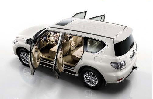 nissan-patrol-2012-3D-wallpaper