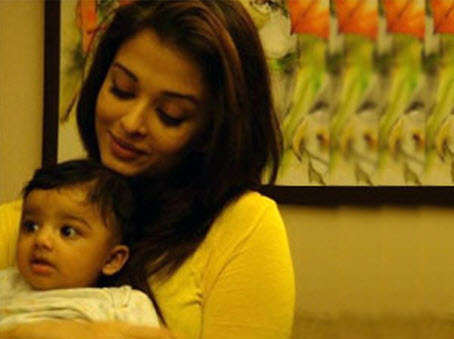 Aishwarya-Rai-baby-girl-leak-photo