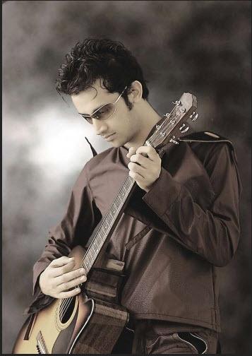 Atif-aslam-2012-with-guitar