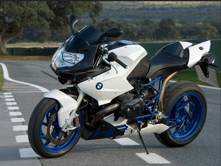BMW-latest-heavy-bike-model-2012