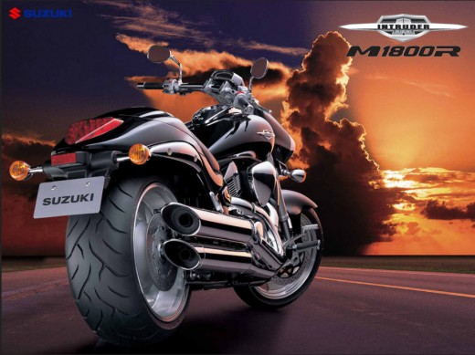 Suzuki-heavy-bike-2012