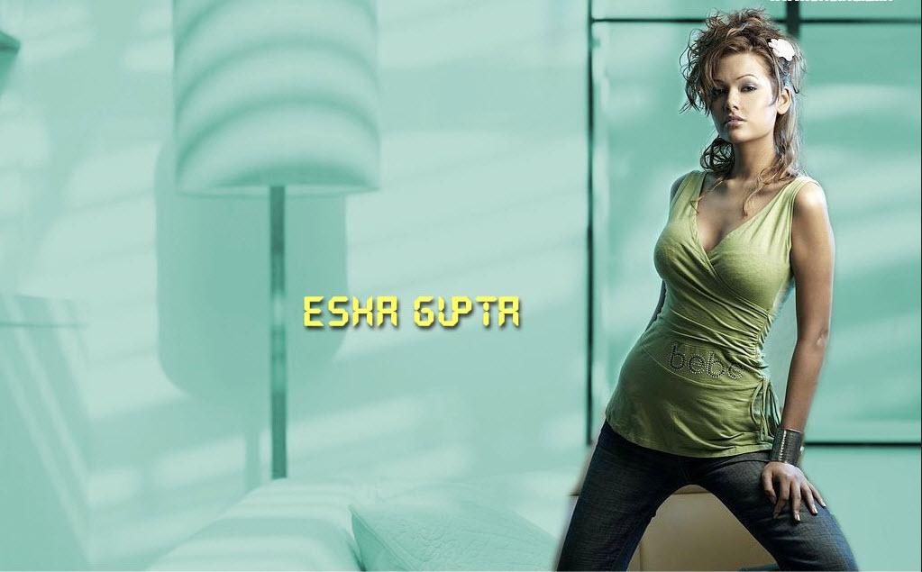 esha-gupta-wallpaper