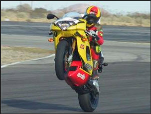 ferrari-motorcycle-formula-one-race