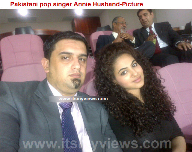 Annie-khalid-singer-husband-picture