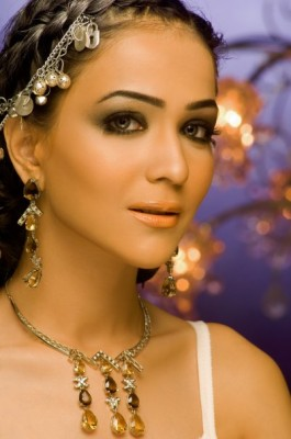 Humaima-Malik-fashion-model-Pakistani-actress