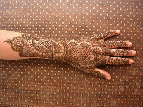 Latest-Indian-eid-mehndi-styles-2013