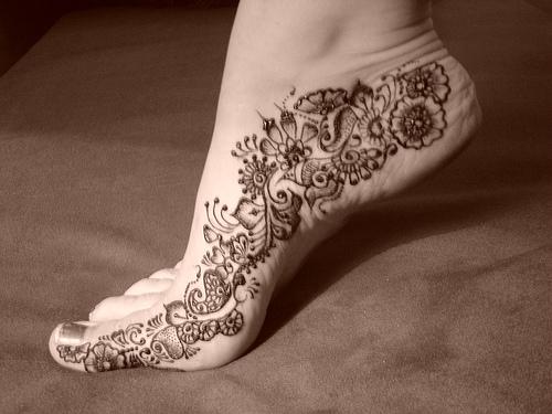 Latest-eid-mehndi-designs-2013