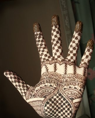beautiful-eid-mehndi-designs-for-hands-2012