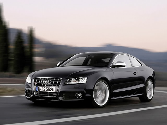 New-model-of-Audi-car-2012-2013-wallpaper-picture