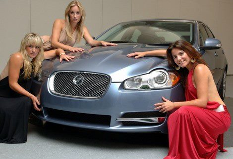 beautiful-girls-with-stylish-car-wallpapers-2012-2013