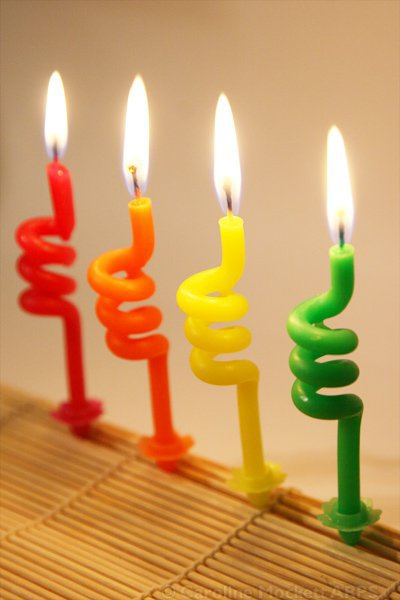 multicolor-candle-widescreen-hd-picture-wallpaper