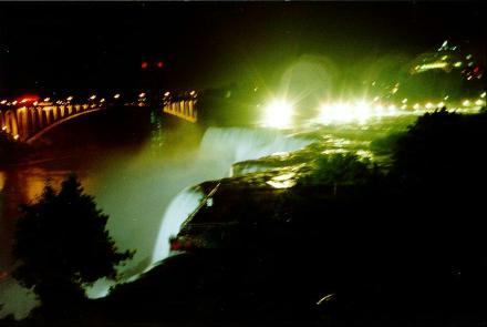Niagara-waterfall-Night-view-picture