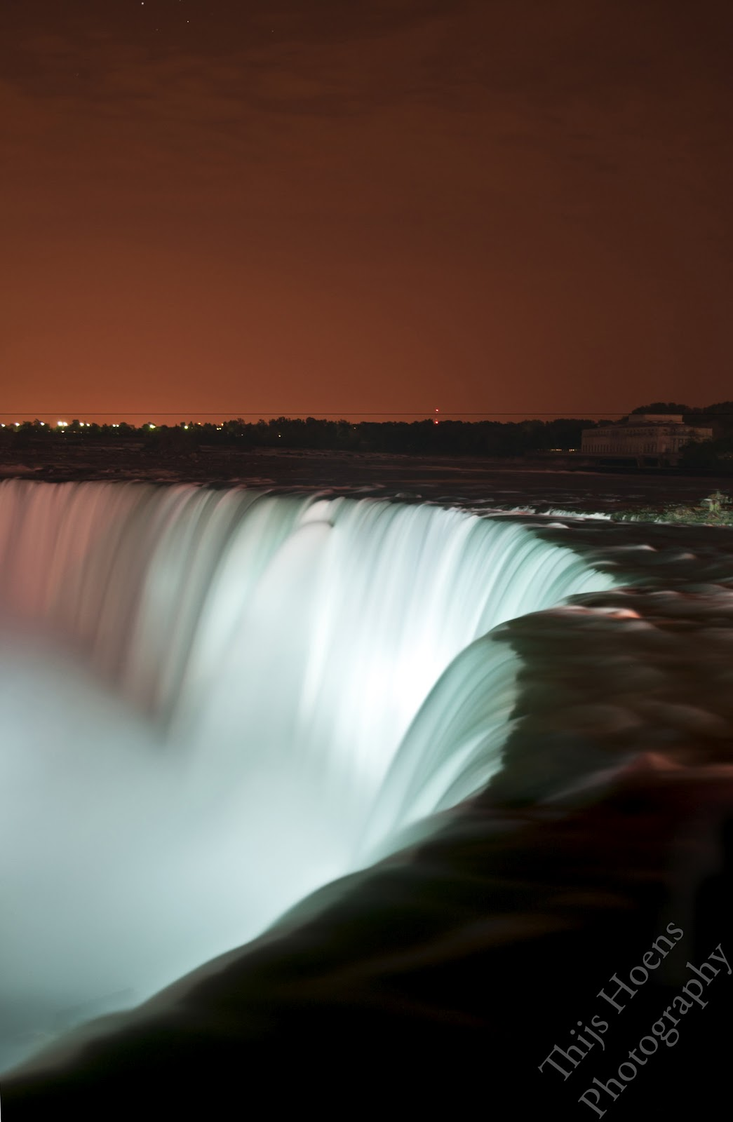 niagara-falls_photography-at-night-2012-2013