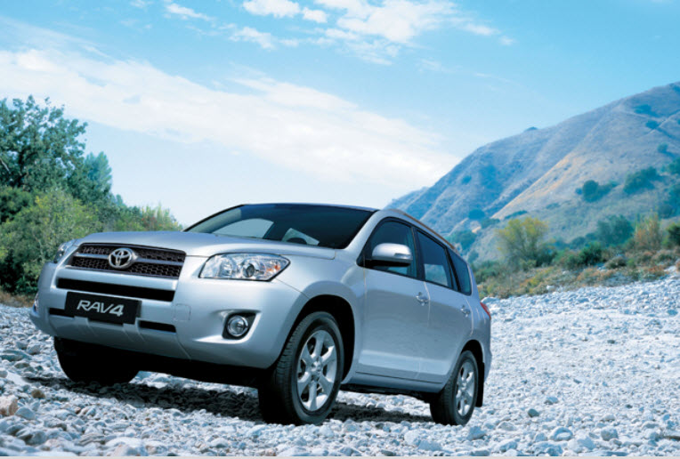 Beautiful-Toyota-Car-RAV4-2013-Drive-Review
