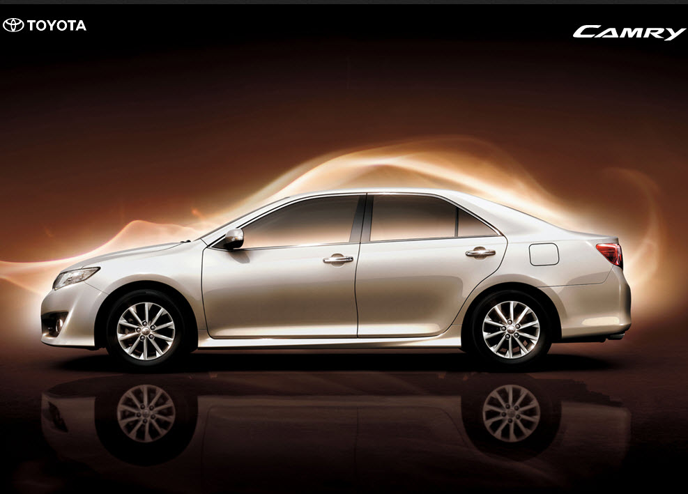 Latest-Toyota-Camry-Model-2013-wallpapers