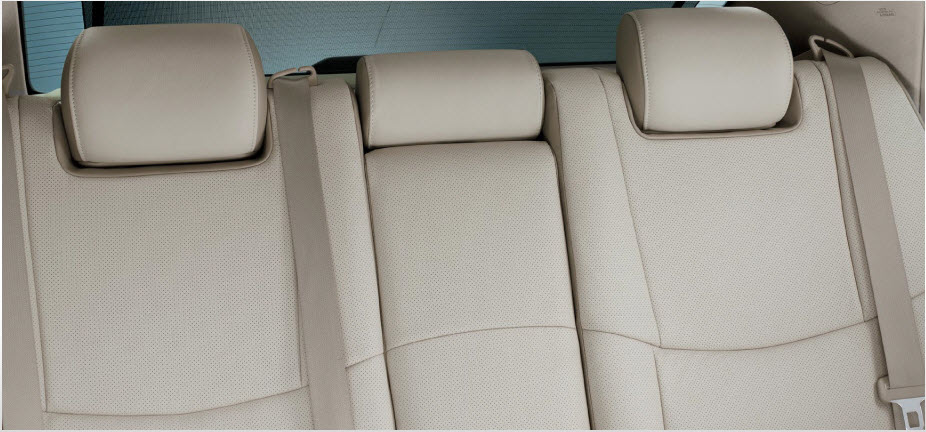 Toyota-Avalon-2012-2013-Interior-leather-Seats-Picture