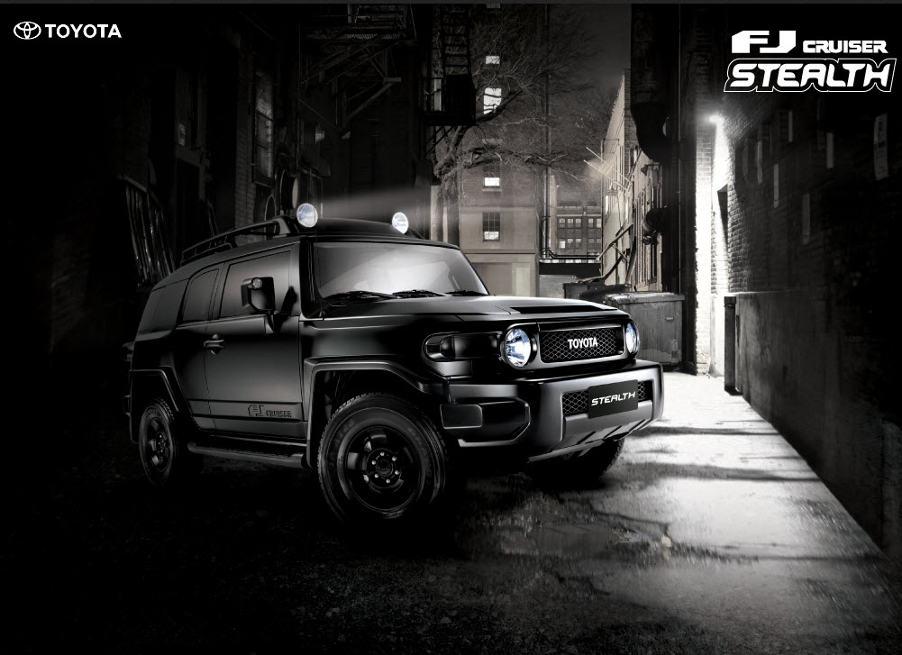 Toyota-FJ-Cruiser-2013-Stealth-Wallpaper