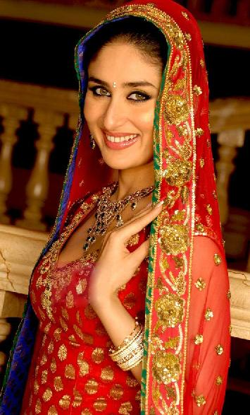 kareena-kapoor-wedding-lehenga-2012