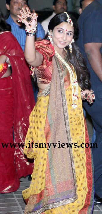latest-vidya-balan-wedding-pics-at-mehndi-night
