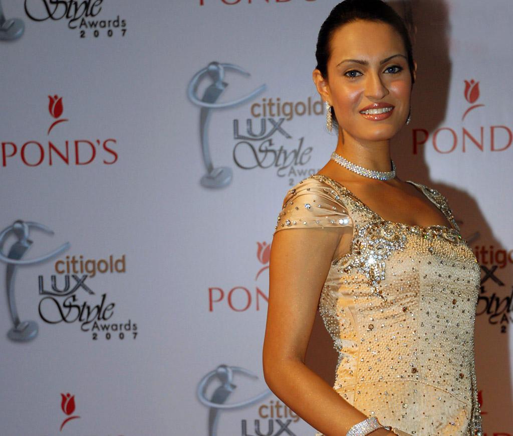 Nadia-Hussain-pregnant-2013