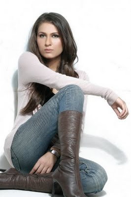 Nausheen-Shah-pakistani-drama-actress-picture-2013-2014