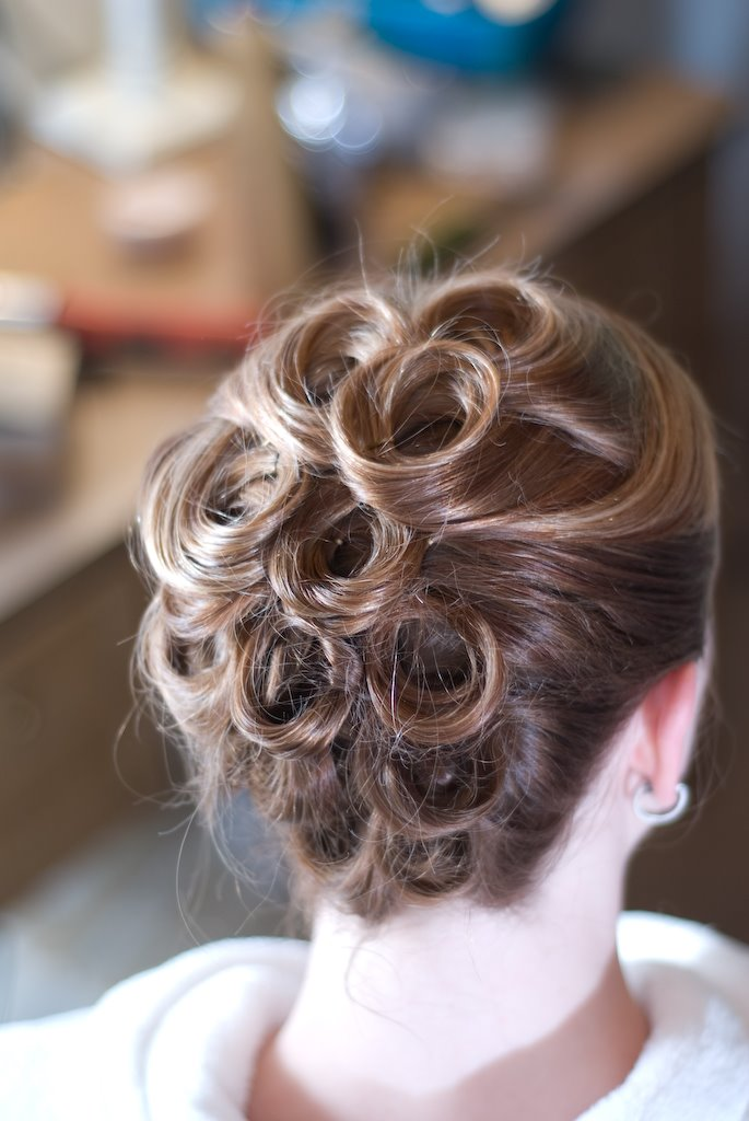 beautiful-easy-hairstyle-for-working-women.jpg