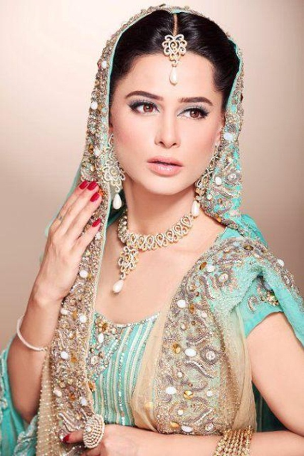 mehreen-raheel-new-bridal-makeup-picture