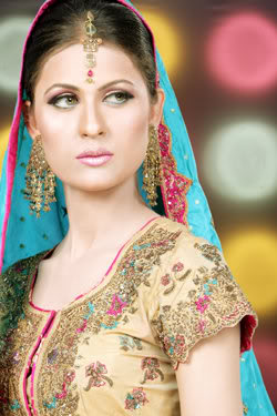 nausheen-shah-latest-bridal-modeling-pictures-2013-2014