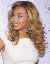 stylish-hairstyle-for-curly-hairs-2013.jpg