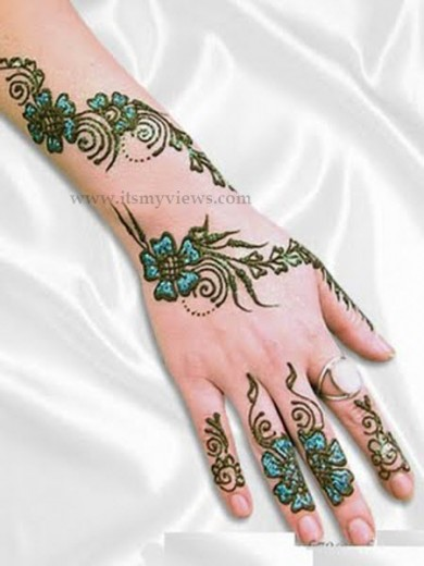 Latest-pakistani-eid-mehndi-designs-2013-2014