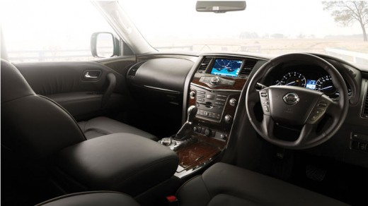 Nissan-Patrol-2013 2014 Interior-dashboard-leather-seats picture