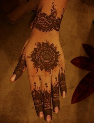 attractive-mehndi-designs-for-hands-2013-2014