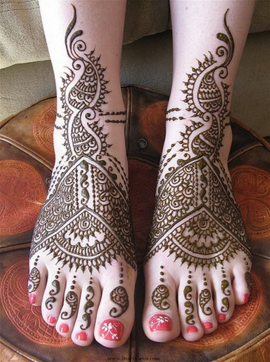 beautiful-Feet-Mehndi-Designs-2013-2014