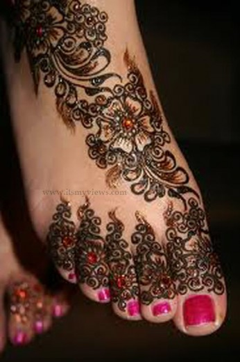 latest-beautiful-eid-mehndi-designs-2013