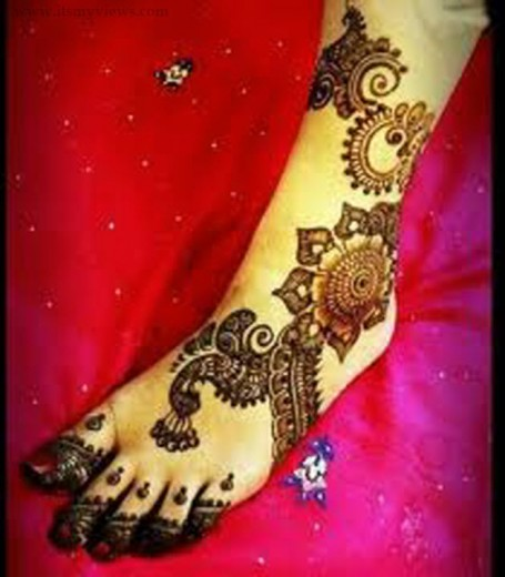 latest-heena-mehndi-styles-for-brides-2013-2014