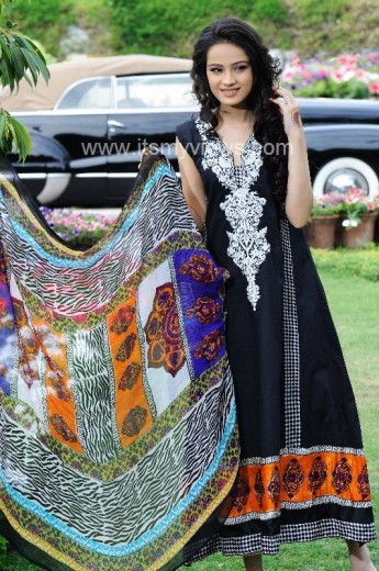latest-hsy-lawn-print-design- catalogue-2013-2014