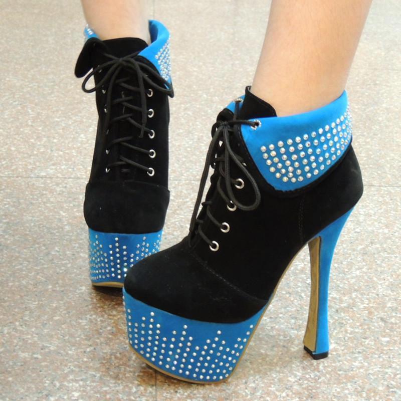 this is simple red color high heel footwear for ladies