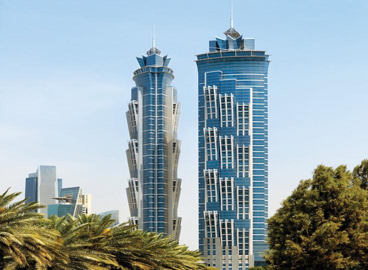 Dubai-Tallest-Hotel-of-World-JW-Marriott Marquis-Hotel