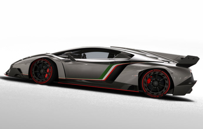 Lamborghini-Veneno-2013-review