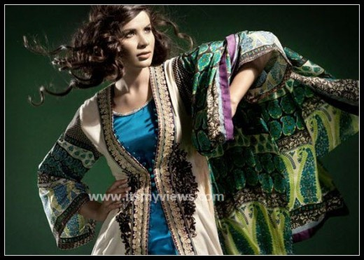 Sana-Safinaz-light-color-lawn-print-designs-2013-2014