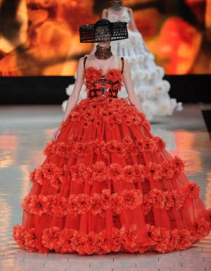 World-Most-expensive-designer-dress-2013 2014